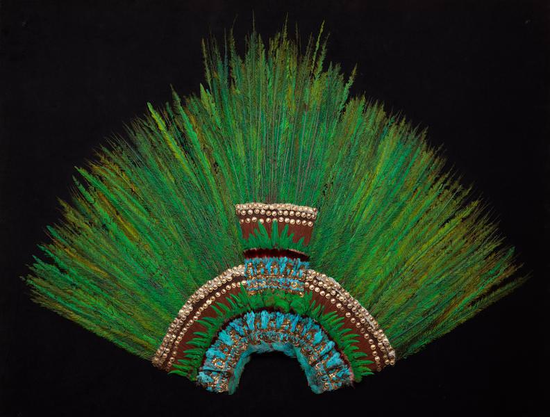 copricapo montezuma aztechi