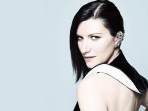 Laura Pausini (Italia)