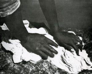 Mani di lavandaia tina modotti cctm caracas