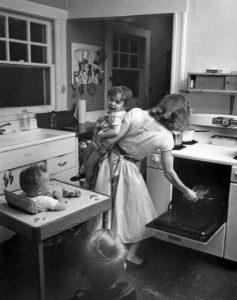 alda merini delirio pazza porta accanto vestiti tarantola cctm caracas feticci casa bambini cucina
