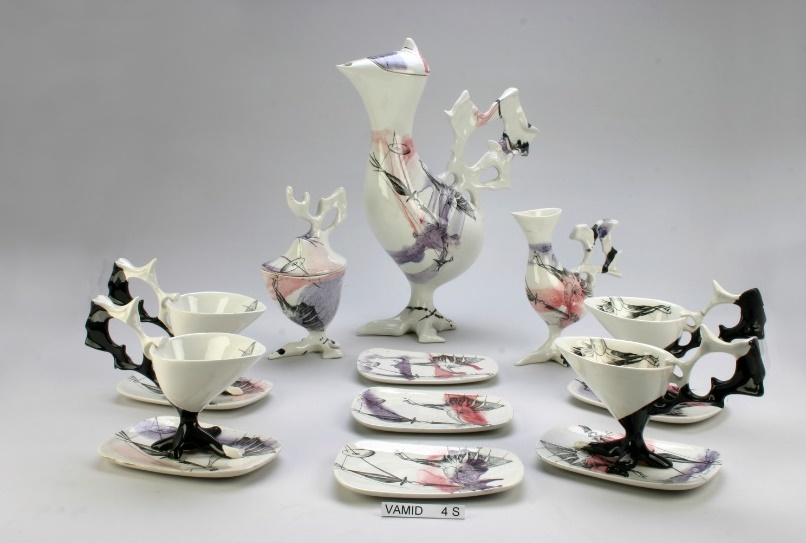 antonia campi teiera servizio gallina ceramica arte triennale milano cctm caracas