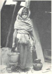 tina modotti bambina che porta un secchio messico fotografia arte poesia latino america cctm caracas
