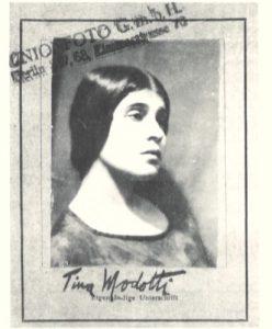 tina modotti tesserino Berlino 1930 fotografia cctm latino america italia messico edward weston