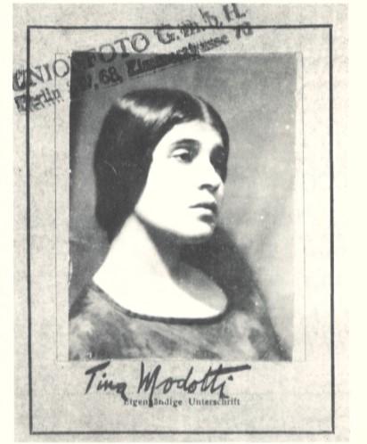 tina modotti tesserino Unionfoto Berlino 1930 fotografia cctm latino america italia messico edward weston