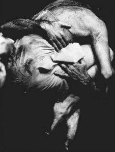 Julio Cortázar amore Ci siamo fatti giocando tutto il male necessario argentina italia latino america amore poesia cctm arte bellezza cultura miglior sito letterario miglior sito poesia leggere
