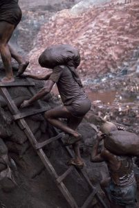 eduardo galeano racconti cctm cultura a noi piacce leggrere miniera