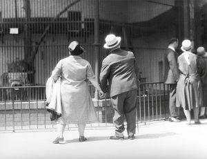 tina modotti En el Jardín Zoológico, Berlín, Alemania, 1930 cctm fotografia a noi piace leggere