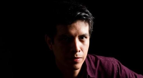 Elí Urbina Perú cctm poesia luce a noi piace leggere
