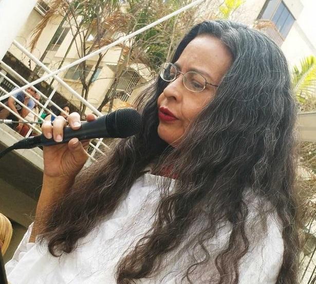 María Antonieta Flores venezuela poesia latino america cctm a noi piace leggere